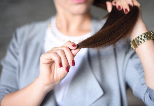 Sådan plejer du dit hår derhjemme