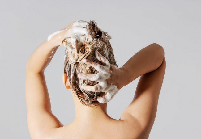 Hårvask uden shampoo. Hvad kan du bruge i stedet?